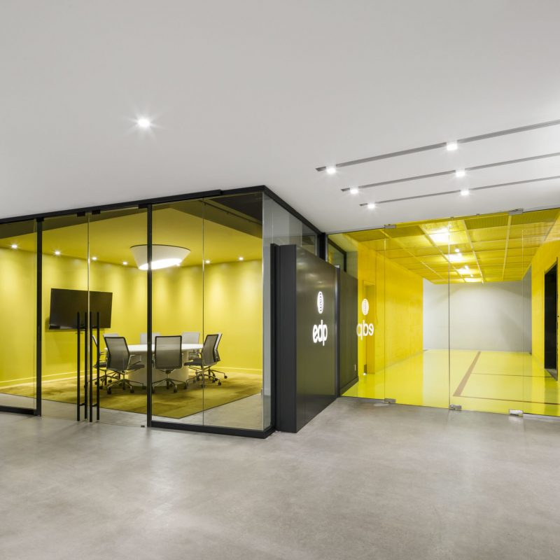 Moveable & Demountable Glass Office Partitions in Toronto / GTA